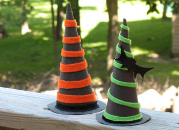 Witch-Hats-Halloween-photo-350x255-AFormaro-IMG_3432_rdax_65